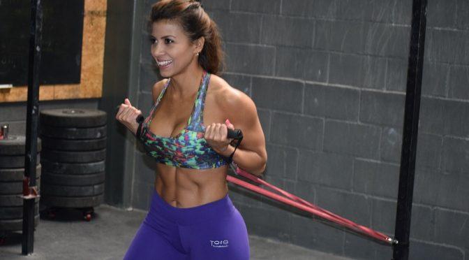 Ni moda, ni exclusividad ni pagar de más te aseguran la tonificación muscular.